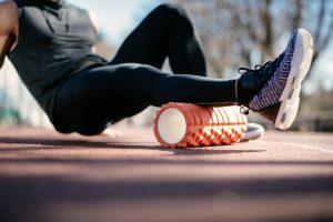 ćwiczenia z rollerem i wałkiem